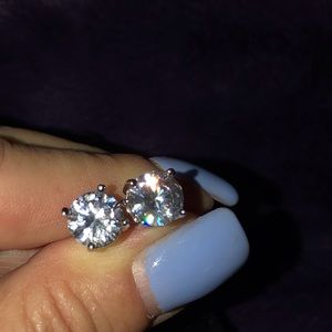 🆕 Sterling Silver CZ Stud Earrings